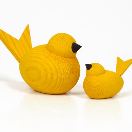 Fåglar gula